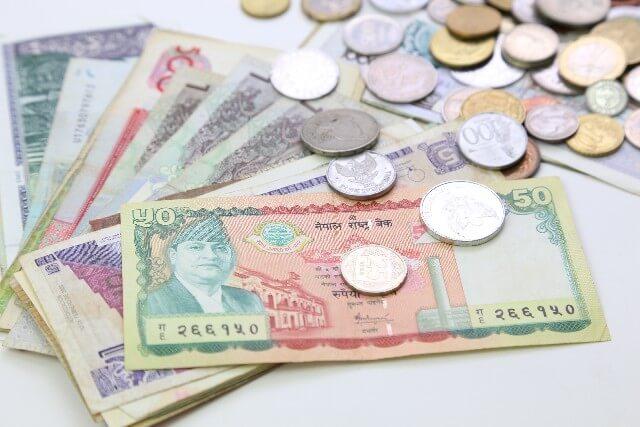 バックパッカー歴3年以上の僕は海外旅行前に現金を用意しません。